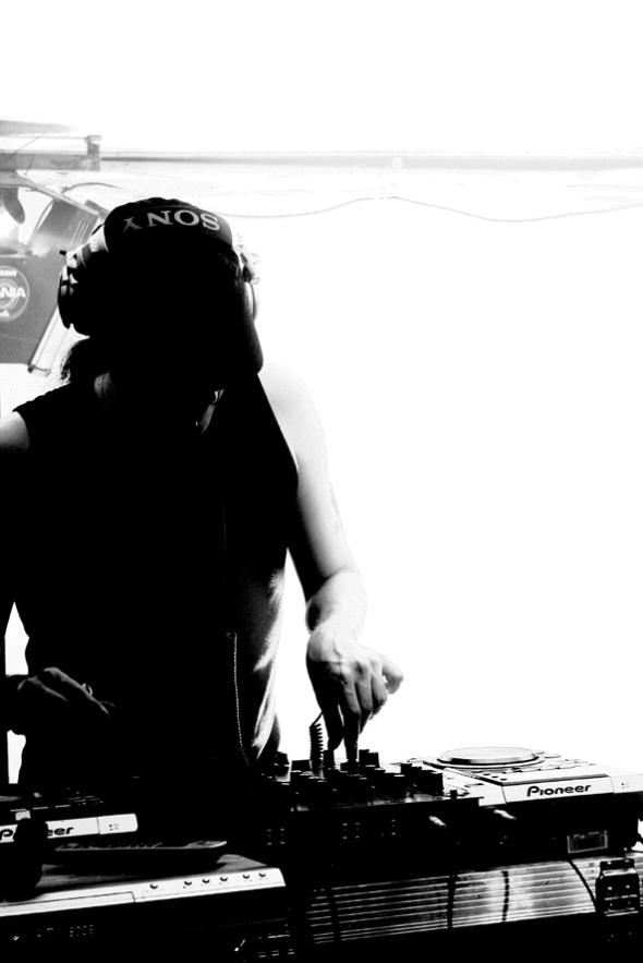 DJ-4got-10