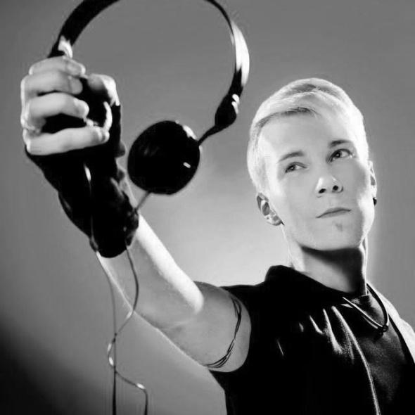 DJ Noste