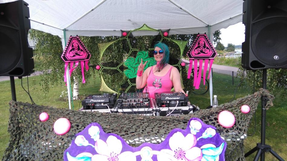 DJ Minzeru